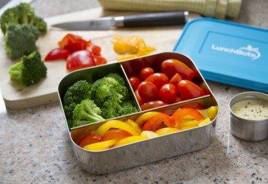 lunchbots-trio-blue-veggies